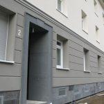 brimat fasada budynku wielorodzinnego